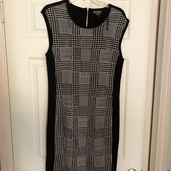 Vince Camuto Dresses & Skirts - Vince Camuto women's sleeveless dress 👗, size L